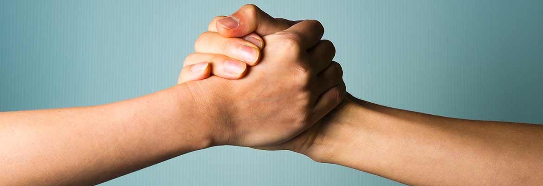 dl-hands1
